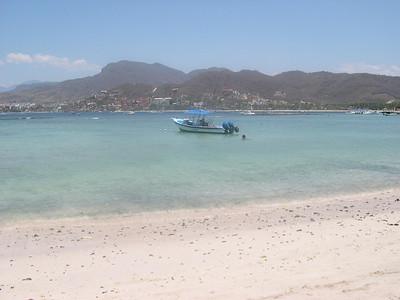 At Playa Las Gatas looking back at Zihuatanejo.