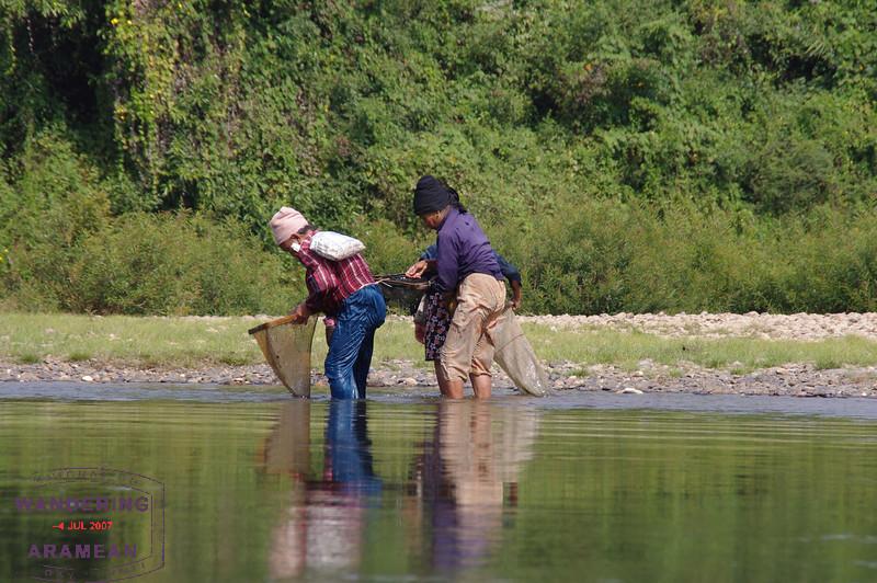 Pretty sure these women were fishing. Pretty sure.