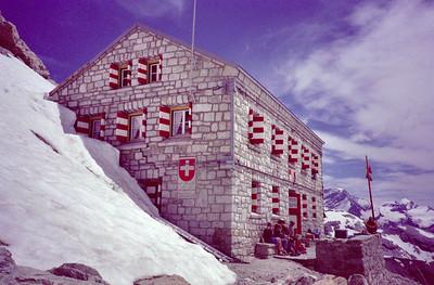 Rothhornhütte