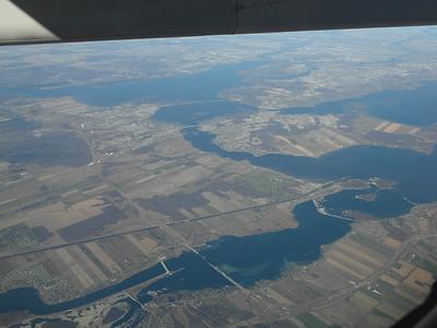 Confluent de la rivière des Outaouais et du fleuve St-Laurent.