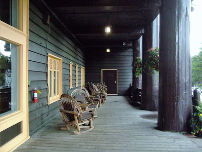 Glacier Park Lodge, est 1913