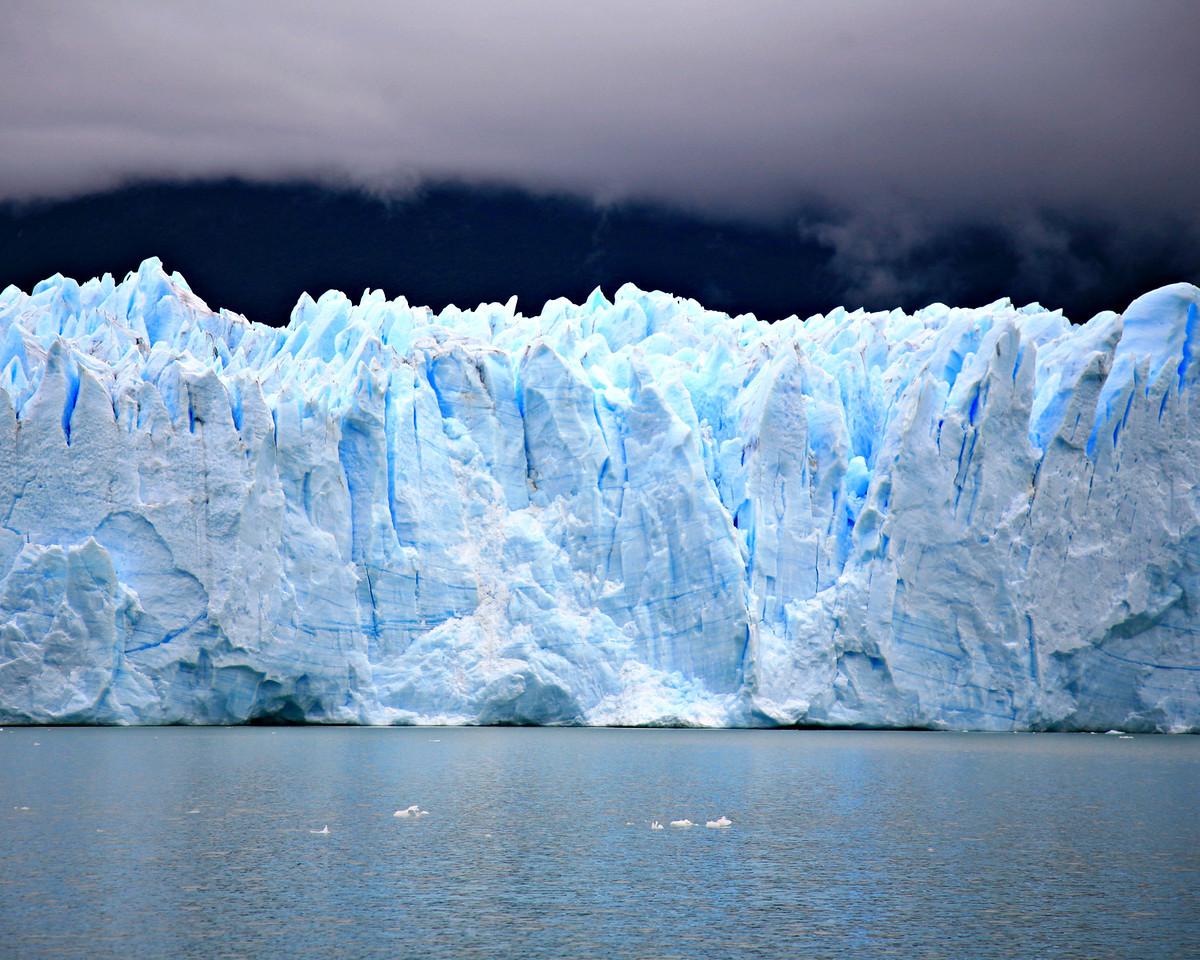 Another glacier shot.
