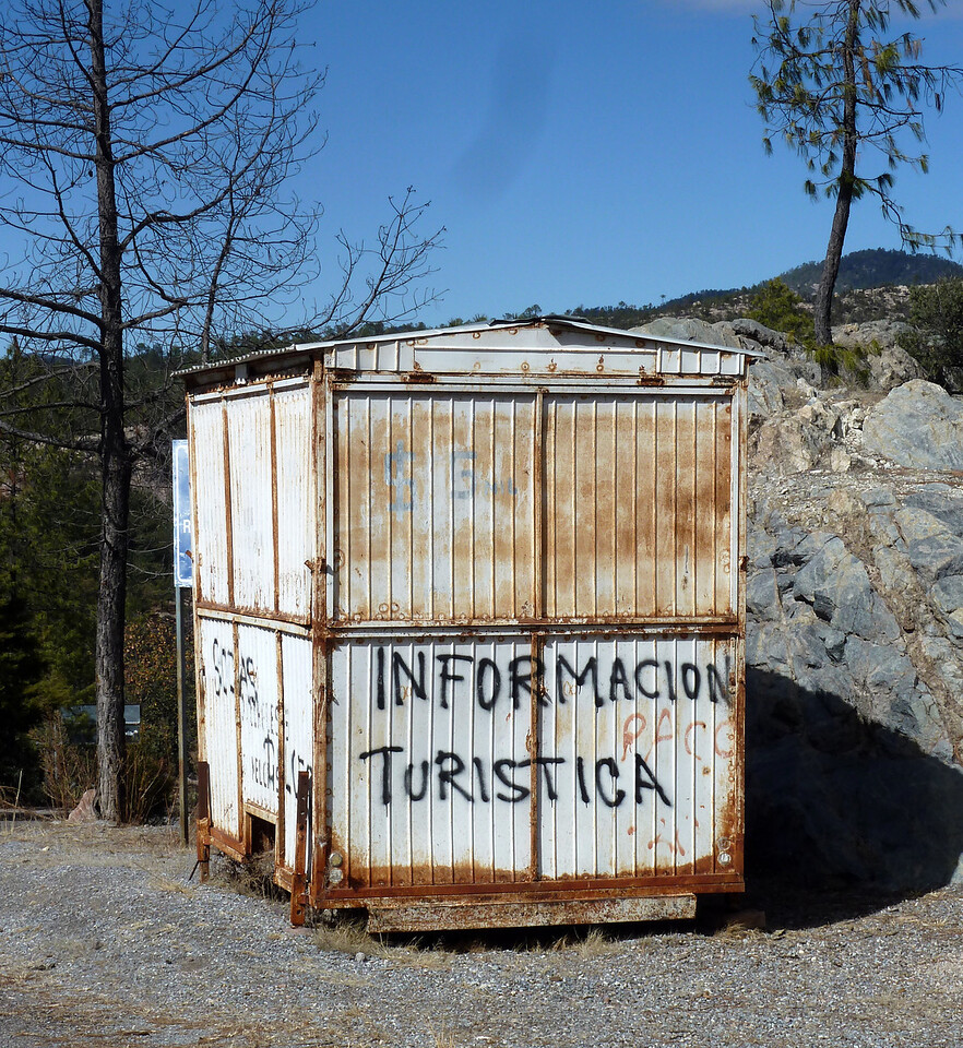 Tourist bureau. Not terribly helpful.