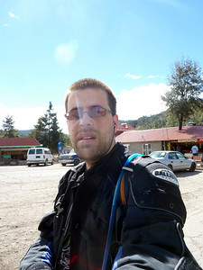 Selfpic at the upper falls parking lot.