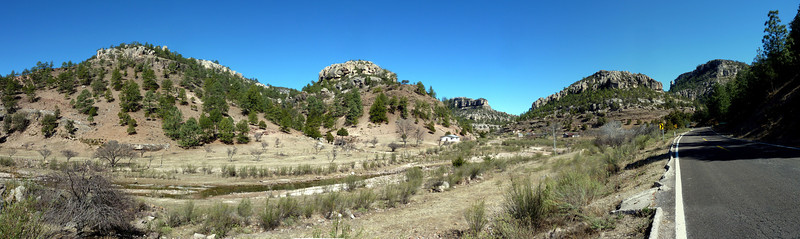 Panorama of a great alluvial plain/valley.