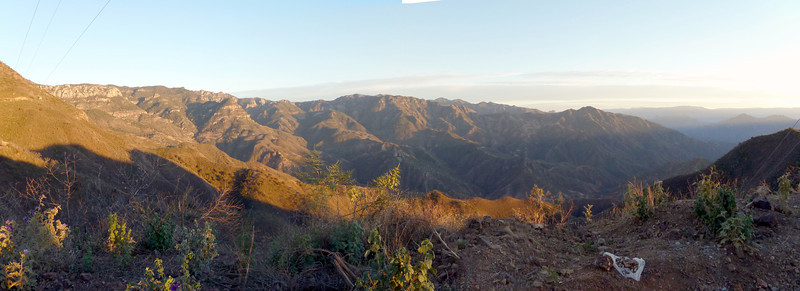 Panorama, great view of the canyons.