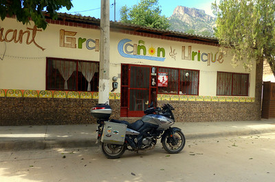 Urique lunch stop.