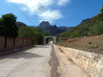The actual exit to Urique.