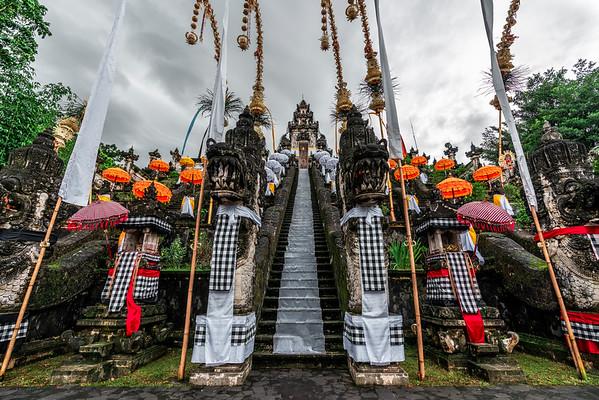 Pura Luhur Lempuyang - Bali