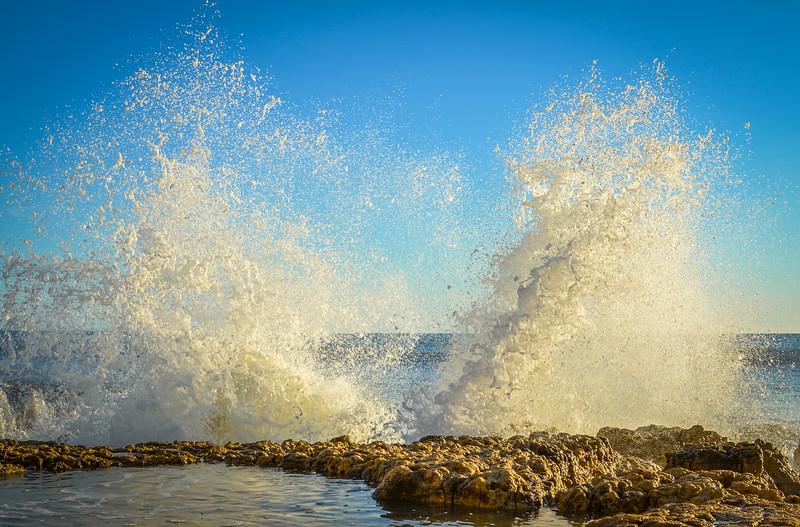 Amazing Algarve Beach Waves Photography 3 By Messagez com