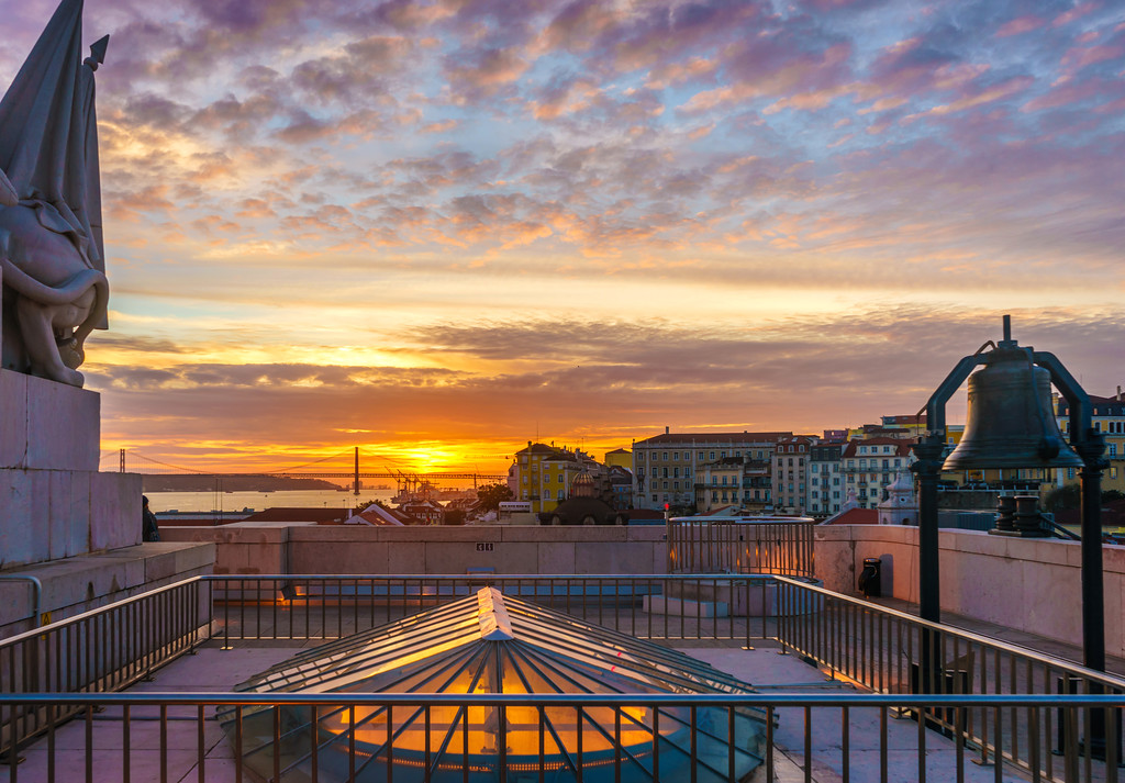 Lisbon Triumphal Arch Viewpoint Sunset Photography 11 By Messagez com