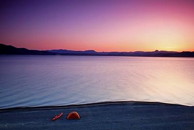 The end of a long paddling day at Pyramid Lake Nevada