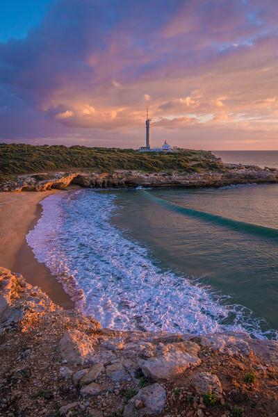 Algarve Ferragudo Beach Beauty by Messagez.com