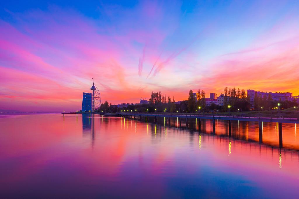 Magic Portugal Lisbon Sunset Reflection Photography 4 By Messagez com