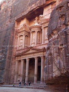 031-ruins-petra_jordan- 23jan04-0028