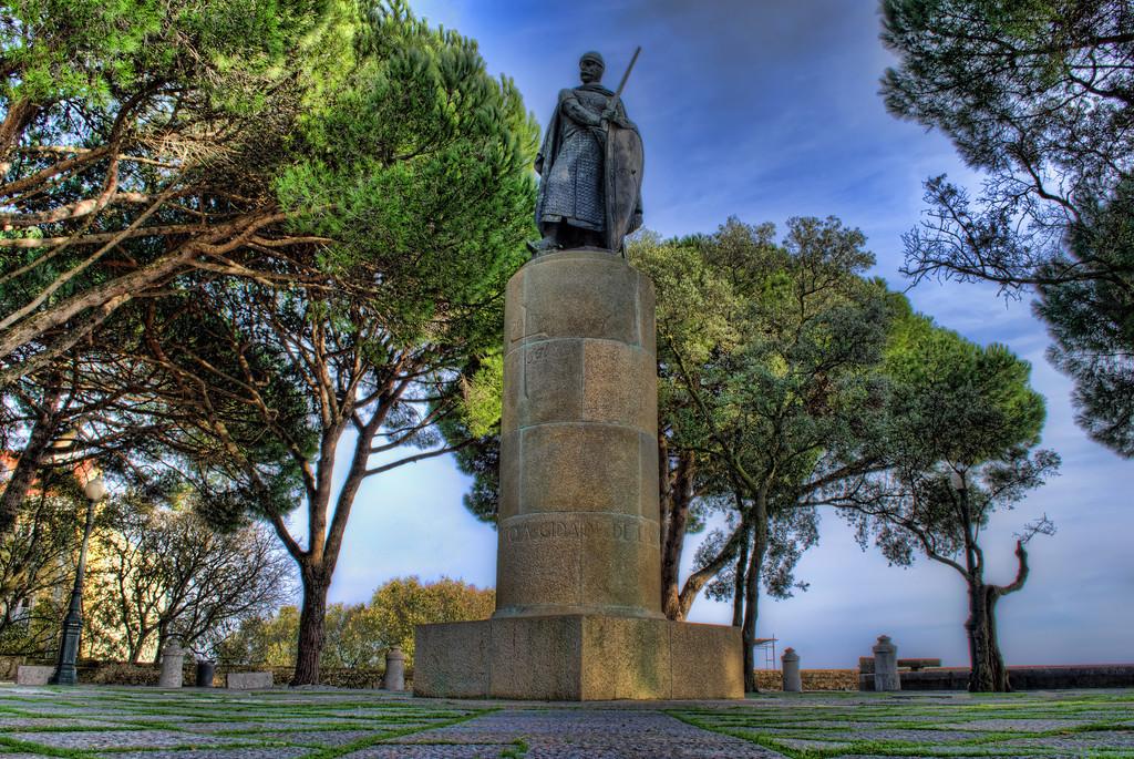 Statue Inside The Lisbon Castle