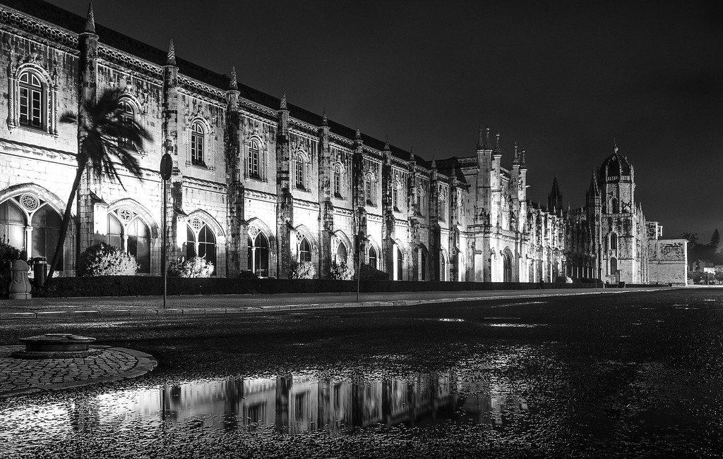 Jeronimos Monastery Reflection Photography By Messagez com