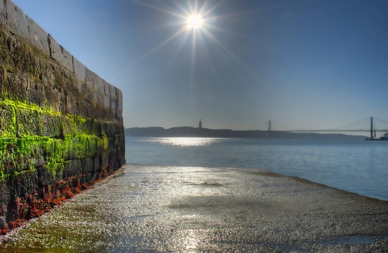 Lisbon Star Image By Messagez.com