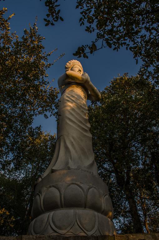 Buddha Eden Statue 3 ~ Messagez com