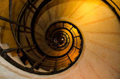 Down the Up Stairwell at l'Arc du Triomphe