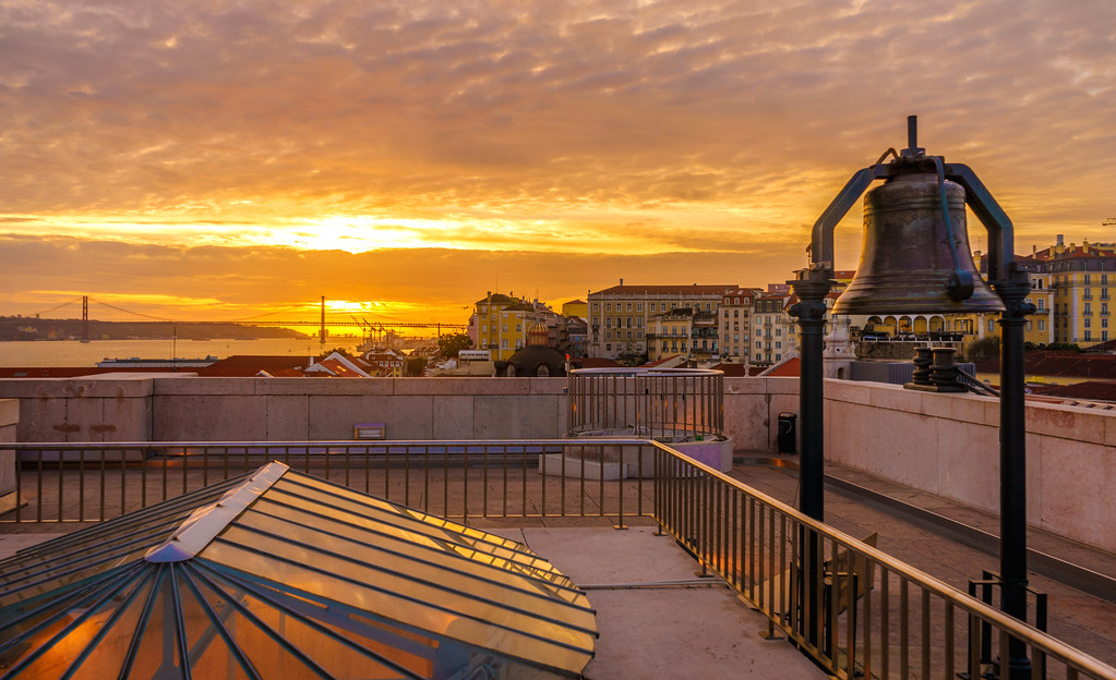 Lisbon Triumphal Arch Viewpoint Sunset Photography 22 By Messagez com