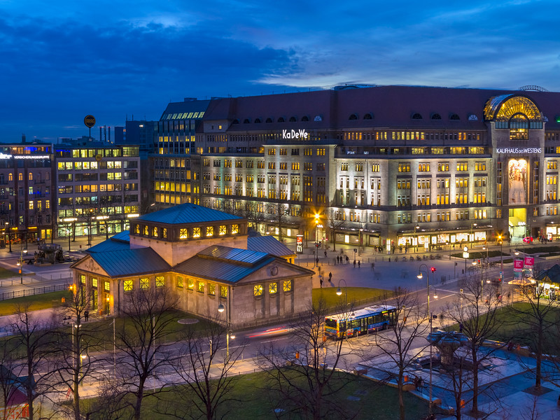 Berlin's Wittenbergplatz and the famous department store Ka De We in the background