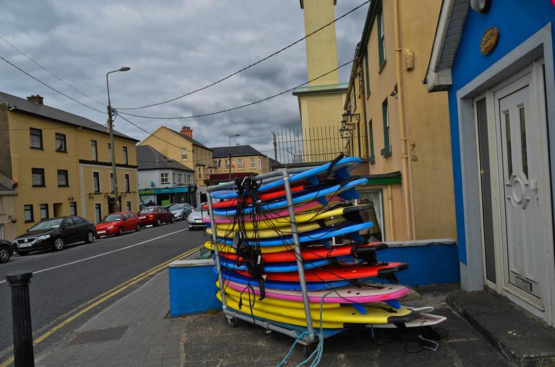 Lahinge, Ireland