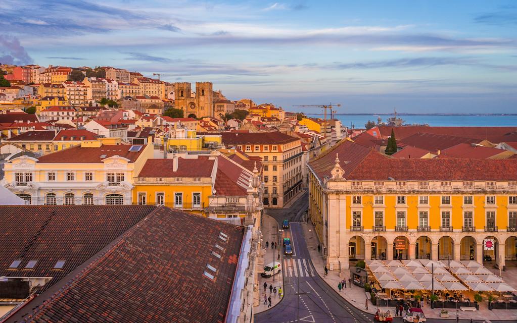 Lisbon Triumphal Arch Viewpoint Photography 6 By Messagez com