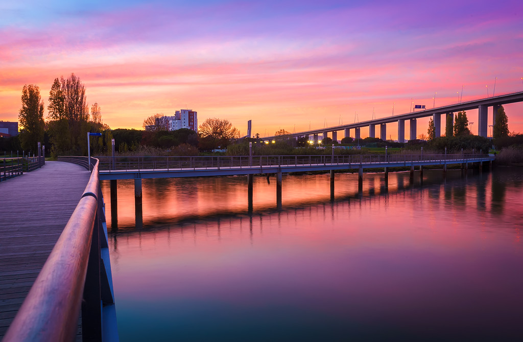 Magic Portugal Lisbon Sunset Reflection Photography 2 By Messagez com