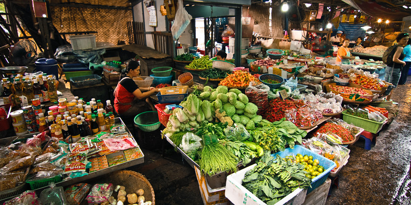 Bangkok, Thailand: Local food market.
