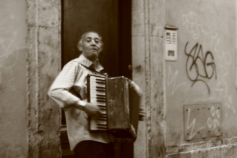 Rome, Italy: Street performer.