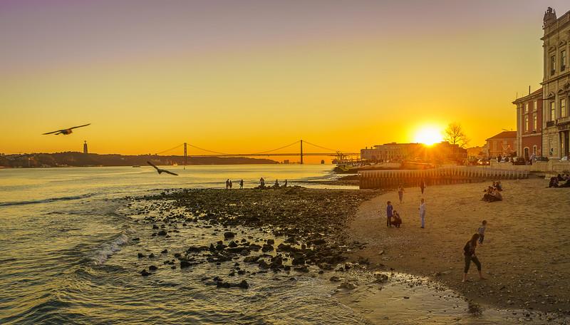 Enjoying the Unique Lisbon Sunset Photography By Messagez com