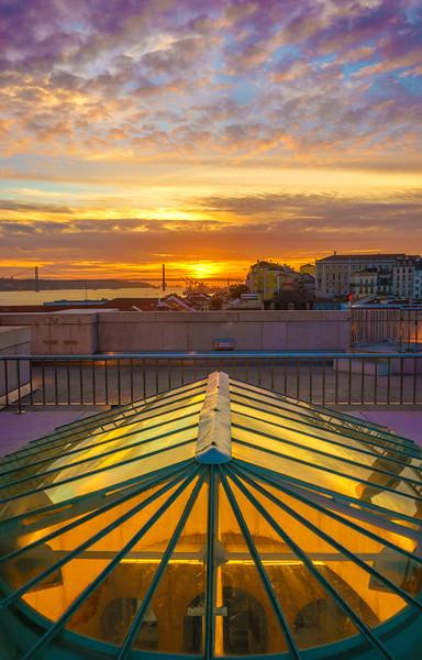 Original Lisbon The City of Light Photography 2 By Messagez com
