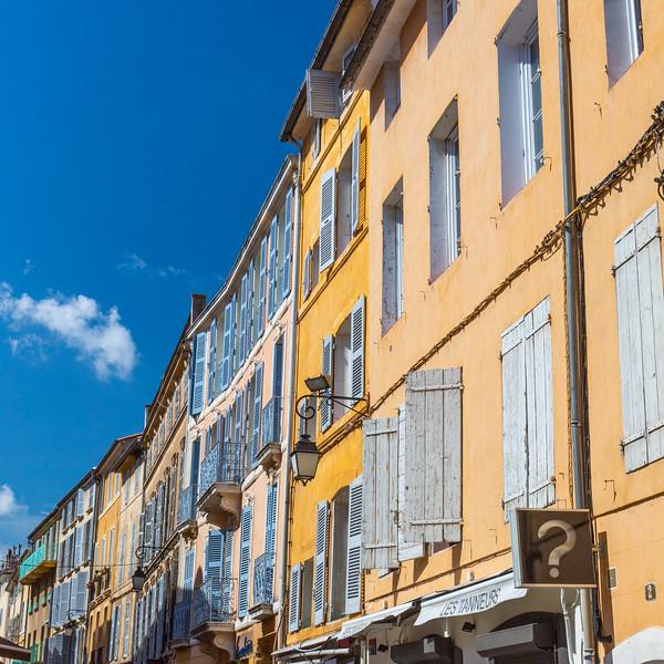 Blue Shitters in Aix
