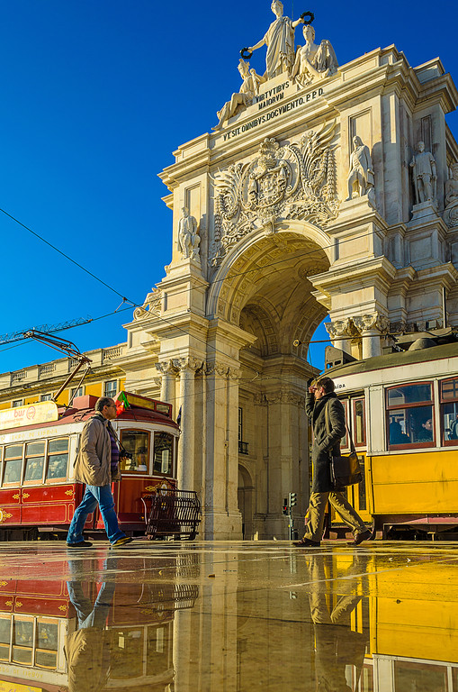 Lisbon Trams Reflections Photography By Messagez com