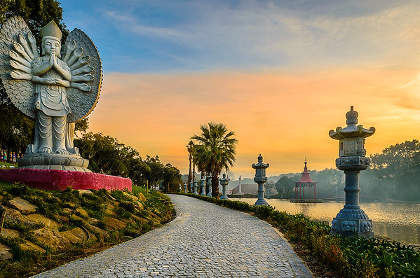 Buddha Eden Pathway at Sunset Photography By Messagez com