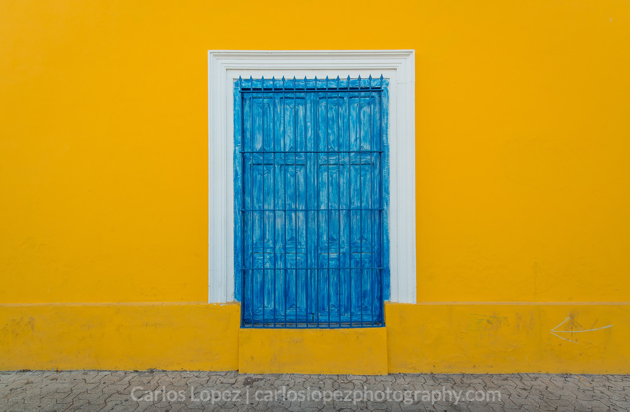 Calles de Merida,  Yellow #1