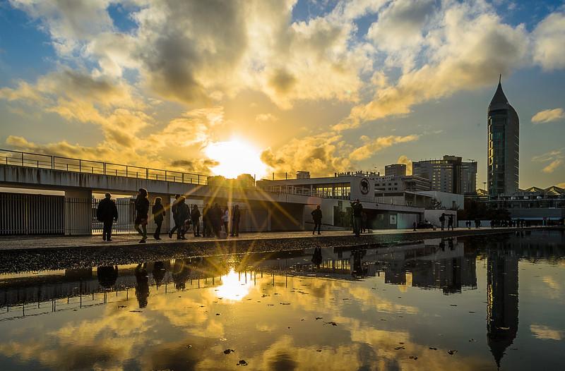 Lisbon Sunshine Reflection Photography By Messagez com