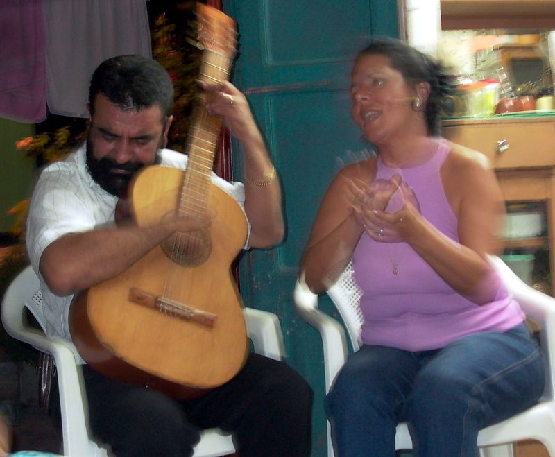 Leo's parents singing 2