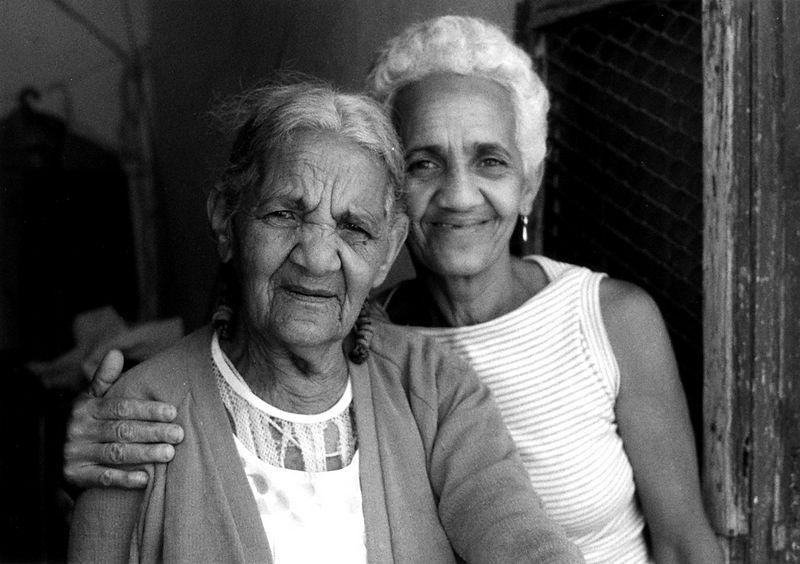 madre-&-abuela-of-barber-Tr