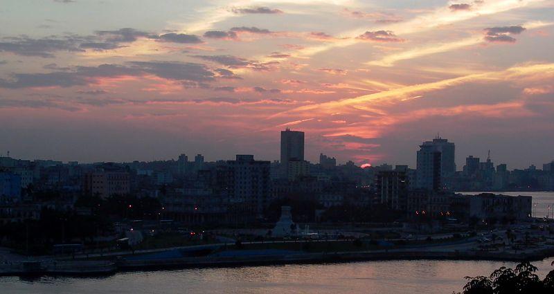 sunset over la Habana