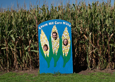 Jaimie, Mike and Jess being corn.
