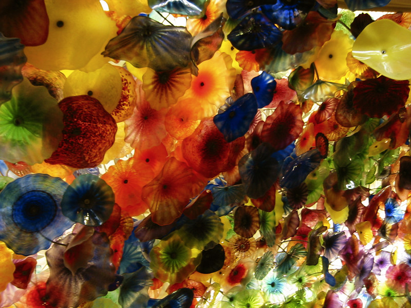 Glass flower ceiling in the lobby of the Bellagio