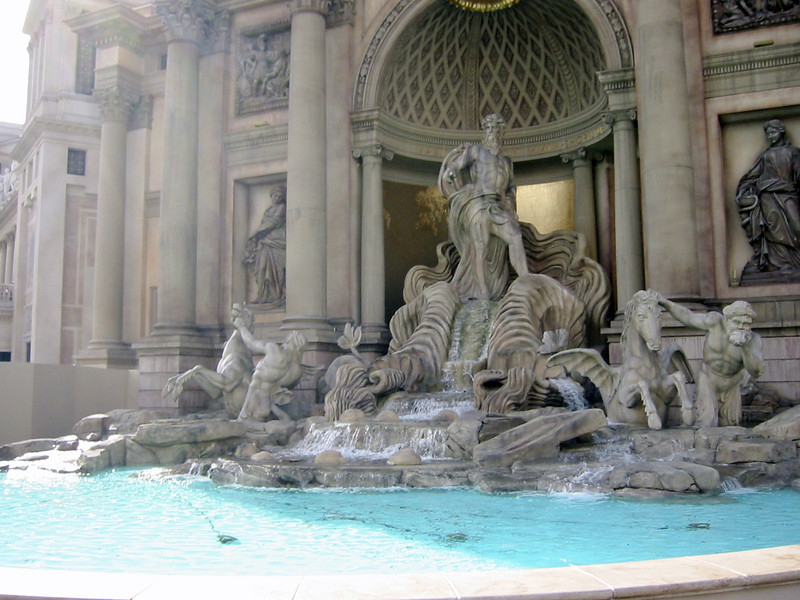 Fountain in front of Caesar's Palace