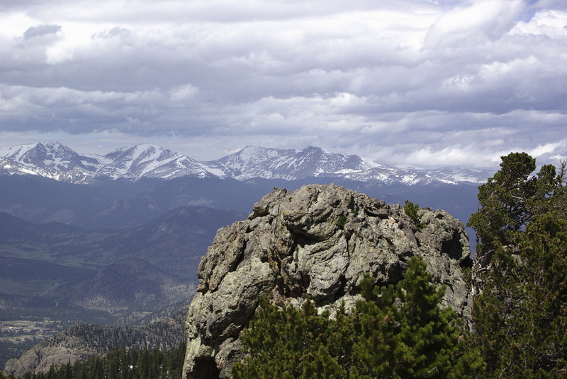 Twin Sisters trail. Looking over to some other mountains before the clouds roll in.