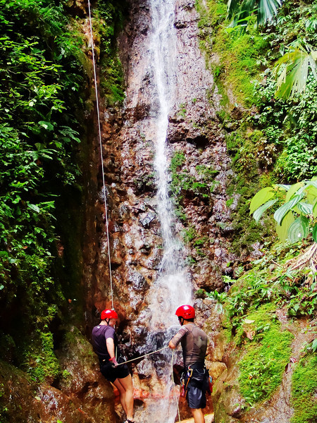 Rappelling Costa Rica