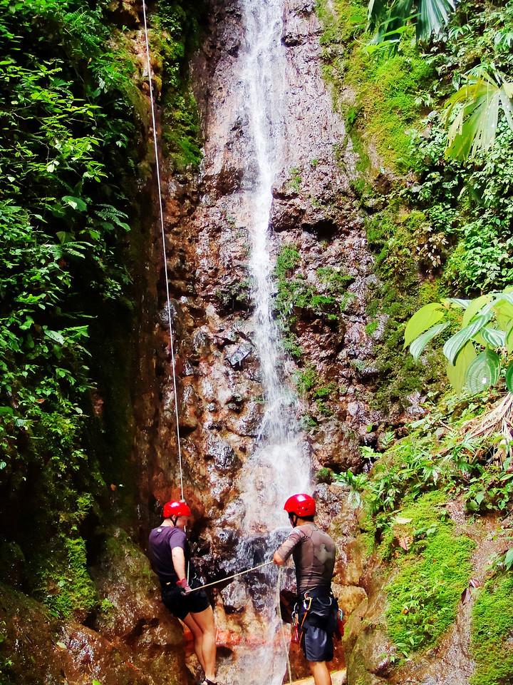 Rappelling Costa Rica