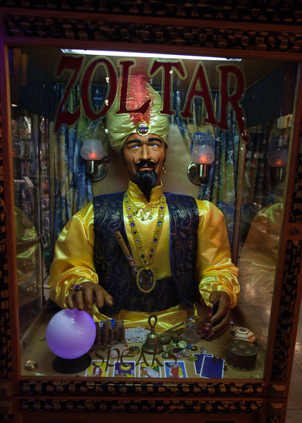 Zoltar - the Brother from another Planet?