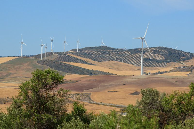 We travel though a very different landscape with wind towers on many of the hillsides.