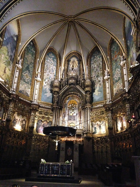 We visit the Virgin of Montserrat Sanctuary, have lunch, then we go on a hike ....